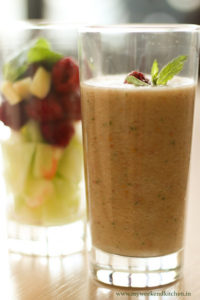 Blend raw fruits and vegetables to make delicious smoothies